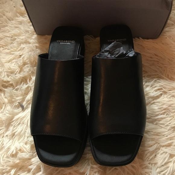 d7429538504 Vagabond Black Leather Bonnie Mules